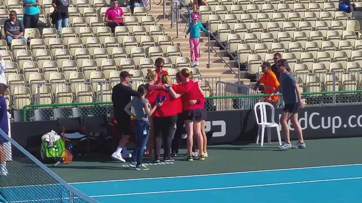 Belgian team celebrating their @FedCup win @YsaBona @AlisonVanUytvan https://t.co/uxORpn6M1n