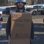 Marco Rubio robots protesting outside his event in New Hampshire. #NHPrimary https://t.co/dvXUtza4ns