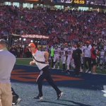 #BroncosCountry makes noise as the #Broncos wrap up warmups. Lotta Orange here at Levis Stadium. #SB50 https://t.co/VTwq4SMJ6c
