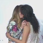 #VIDEO. Belinda emociona hasta las lágrimas en #PlazaCarnaval https://t.co/meenybjbrs