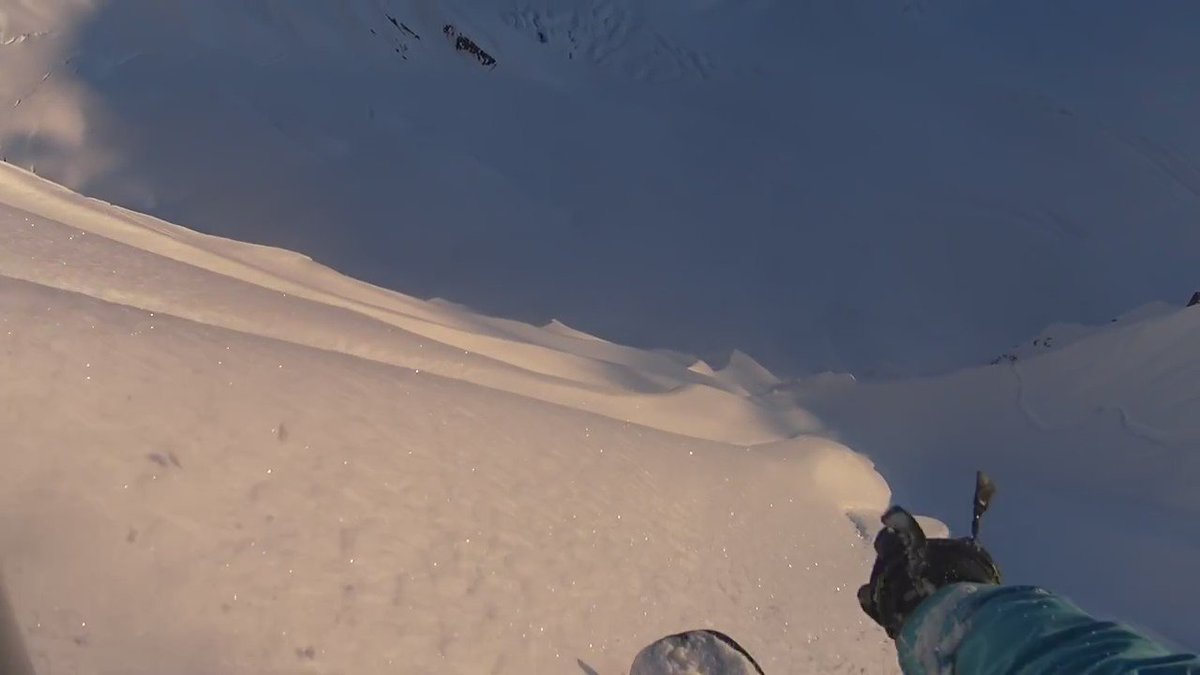 .@jeremyjones never ceases to amaze. Check the raw @Actioncam POV footage from this AK line https://t.co/WkpjYsaqju https://t.co/QbP7hLWNPE