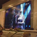 """Giovanni Caccamo e Deborah Iurato cantano """"Via da qui"""" @RaiNews #rainewsanremo https://t.co/8S5NBRsgBe"""