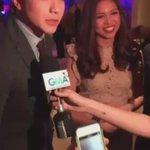What is MAINE doing while ALDEN is being interviewed? ???? VOTE ALDEN ON MYX #ALDUBHopiaLikeit https://t.co/T8SNWqiojv