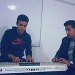 الراي الجزائري منتشر عندنا وهذا احد الشباب الليبي وهو يغني للشاب عقيل الله يرحمه❤️ #فانز_سهيله_بضيافه_ليبيا https://t.co/WXteIzk2aO