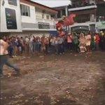 Esto sucedió en el Topon de Las Tablas, hubo enfrenamientos y golpes con palos. @MiDiarioPanama @SueltaElWichi https://t.co/mH24jkwwZm
