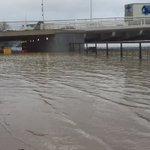 #marée La Garonne a débordé @bordeaux. Vidéo une heure avant la marée haute au Pont Chaban #submersion @sudouest https://t.co/IZx8o4ZDmB
