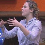Ana finalizando a briga com o renan mandando beijos e TO DE VOLTAAAA OLHA ELA. EU TO NO CHÃO! SOCORRRO #bbb16 https://t.co/zTTfPpIL6w