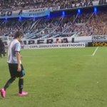 @PasionFutbolFC presente en el Cilindro. Romero la rompió para @RacingClub y se fue con esta enorme ovación. https://t.co/bJqgmFiGHN
