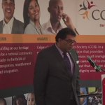 Mayor #Nenshi says #refugee settlement going well but more housing needed. Praises todays corporate donors. https://t.co/YsTPd6fnNX