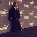 Queen posing for the photographers. #FENTYxPUMA https://t.co/RzZLYlxb39