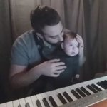 Reasons i want to learn the piano, cute af. https://t.co/pMXPshu9nt