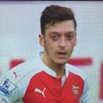 Tell me @MesutOzil1088...did you say بسم الله الرحمن الرحيم before you took that delivery? #Bismillah #AFCvLCFC https://t.co/1WLwATDC4h