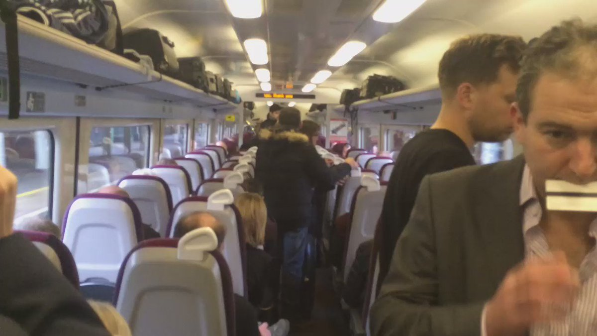 Just left #Gatwick en route #LondonVictoria, standing room only for many #railpassengers. #Southern #SERail https://t.co/xC5YSDocQA