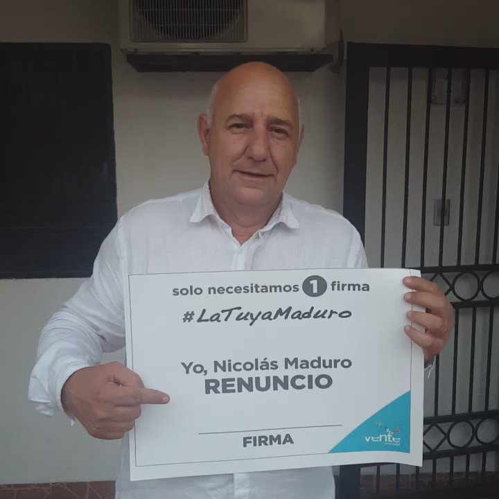 #SoloNecesitamos1Firma #LaTuyaMaduro https://t.co/PtaWLB4oZs