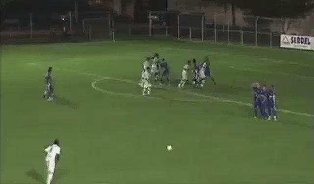 [#Video] Le nouveau Roberto Carlos ! https://t.co/3o9deTLeN1