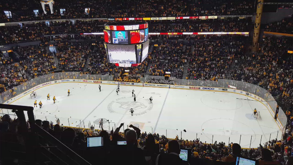 Let the hats fly! It's a Filip Forsberg hat trick! #Preds https://t.co/Fz1UueINAv