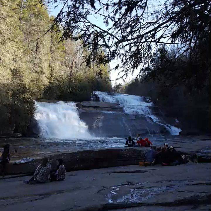 Chasing #waterfalls in Western North Carolina! https://t.co/Dm9Vgm7wcW