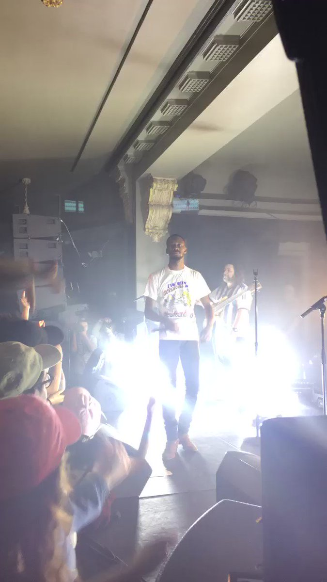 Great moment from the @GoldLink show last night. He killed it. https://t.co/m4xFWeByG0