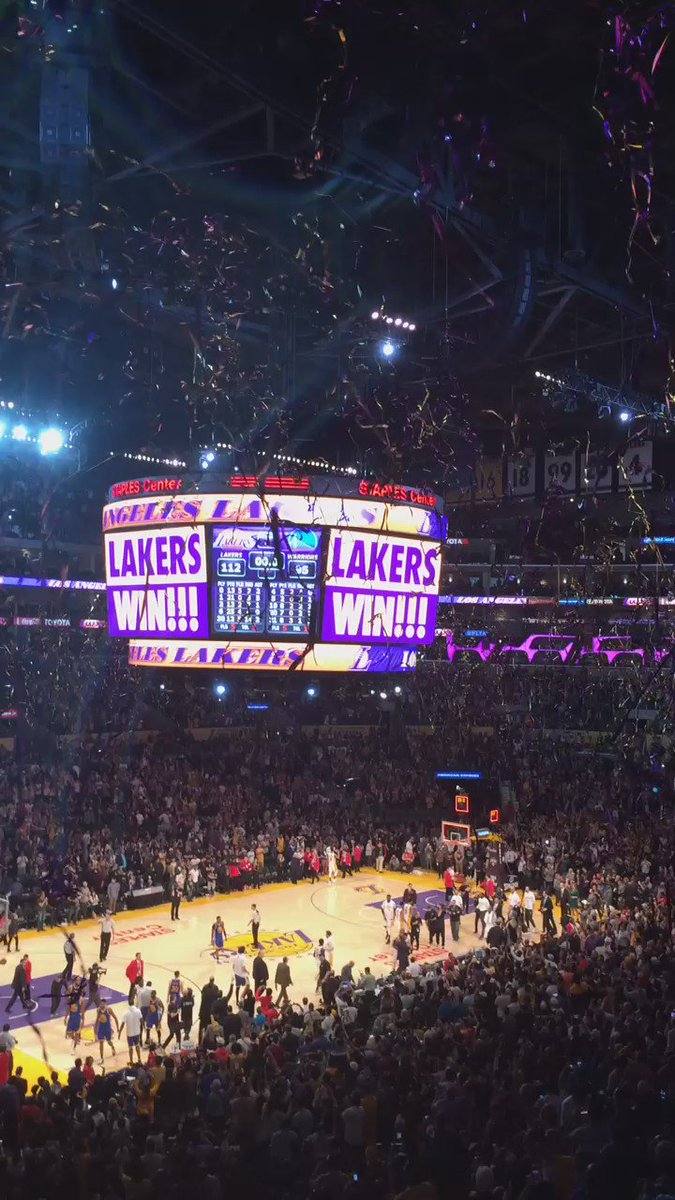 And then there was this @Lakers   Win!! 112-95 @warriors #incredible game https://t.co/h7hdt1w6IJ