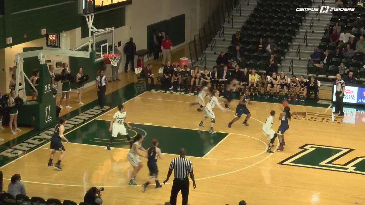 #SCTop10 VIDEO! Colleen Marshall hits the buzzer-beater for @LoyolaWBB in @PL_WBB Quarters on @CampusInsiders! https://t.co/4yAMJPQ1Ta