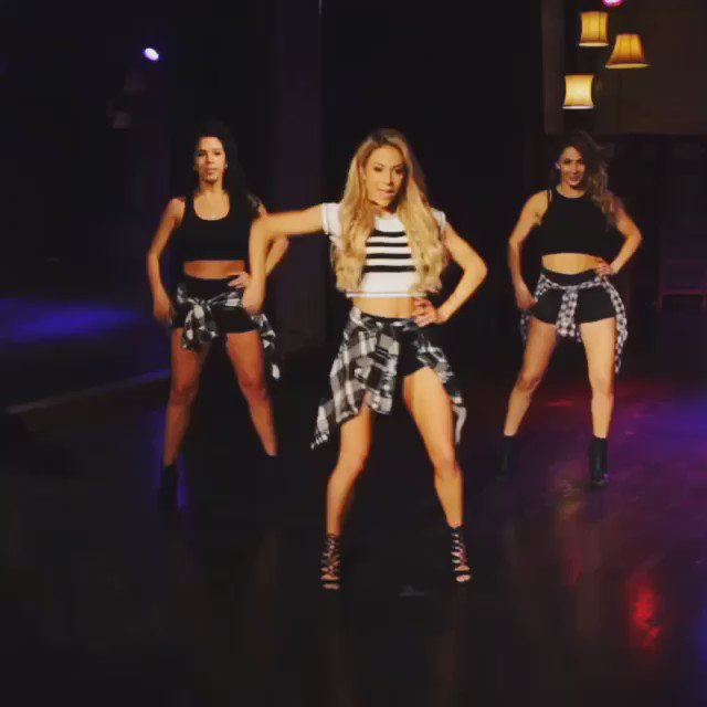 """Check out my new dance tutorial to """"Work From Home"""" by @FifthHarmony! https://t.co/noM0BAiX8v https://t.co/eq9IJOu6bz"""
