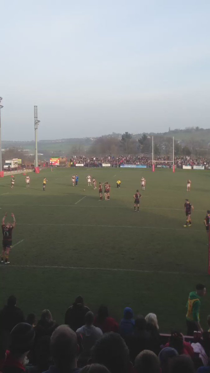WHAT A FINISH! Last second Batley penalty goes WIDE but still given! Ends 24-24, complete madness! #RugbyLeague https://t.co/1EuuZwJD8K