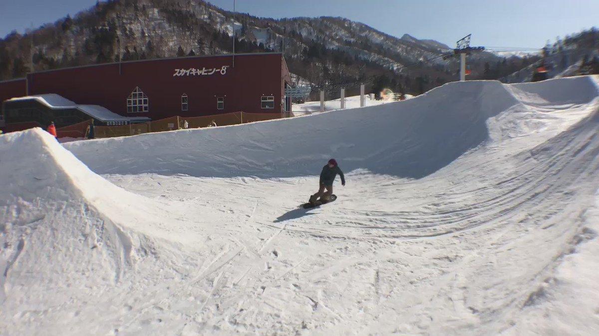 札幌も10℃以上のポカポカ春の陽気、春雪のパーク楽しかったー、パウダーじゃなくても春雪は春雪で楽しいですねー、しかしwar pig148面白い板です https://t.co/w44Ktl7ZNz