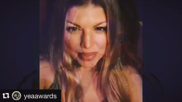 RT @YEAAWARDS: #yea2016 #yeaawards @Fergie #supportyoungentertainers #nonprofit https://t.co/ttEiclYwhX