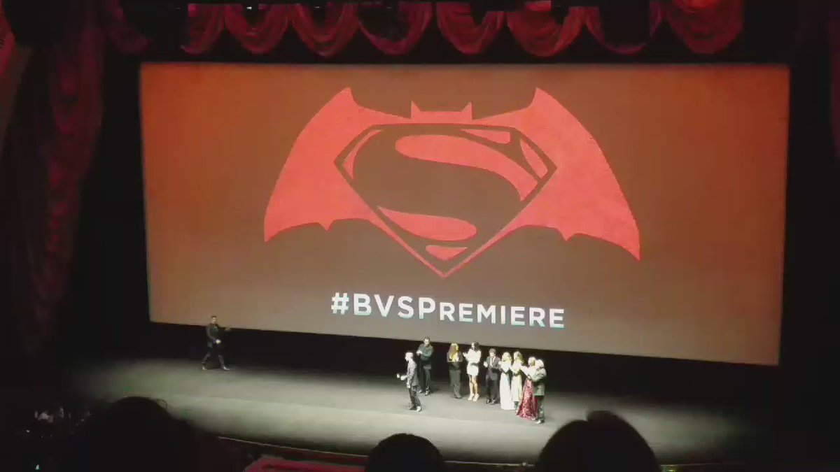 Cue batman.  #benaffleck #BVSPremiere https://t.co/IvMabKXZF1