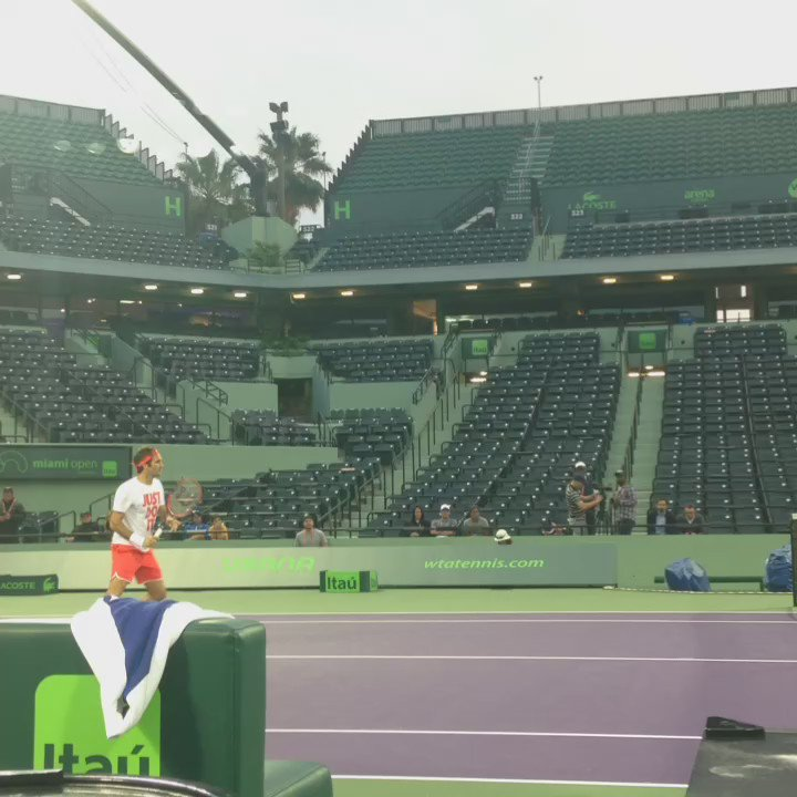 The maestro has arrived. #MiamiOpen https://t.co/1huteZbYoB