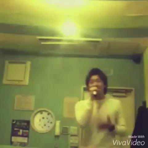 映画 orange で話題のこの曲!  男性がカラオケで歌う 『未来 / コブクロ』  めちゃくちゃかっこいいです…