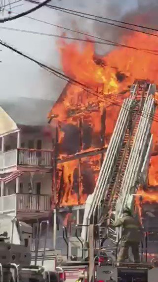 Incredible video from massive wind-blown fire on Eaton St. in Providence. Team coverage at 5 @wpri12 https://t.co/JrwKhSJXAy
