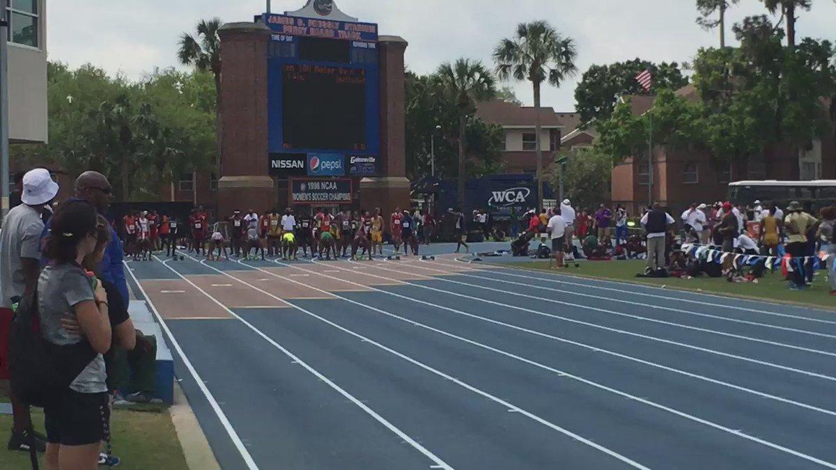 #FloridaRelays Men's 100m H4 @UnderdogAK wins smoothly in 10.19 @ALTISworld https://t.co/sCKGaBZDrA