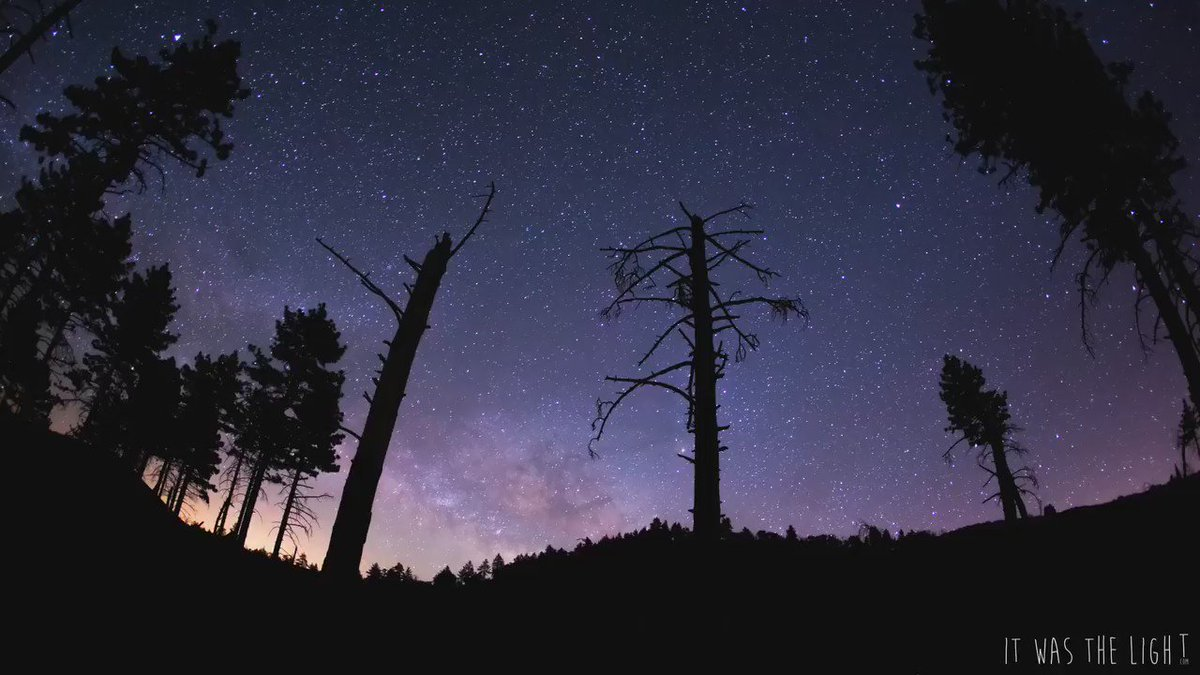 Milky way rising over Mount Laguna,CA. shot using the @emotimo TB3  #timelapsetuesday #milkyway #SanDiego https://t.co/4ZuhNFhOQf