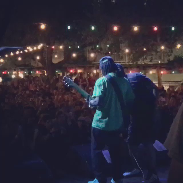 .@FlavorFlav shredding the bass at @MaverickFestTX!! @mrchuckd @publicenemyftp #theysaidwesmokealottagree https://t.co/LUBQi39qZP