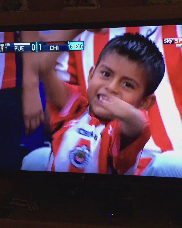 Gooooool de @Chivas !!!! 2-0!!!! https://t.co/PphsMA0vbh