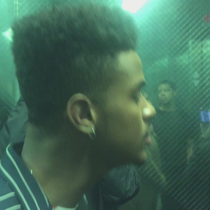 Of course, we couldn't let @trevorjackson5 shoot today without singing.