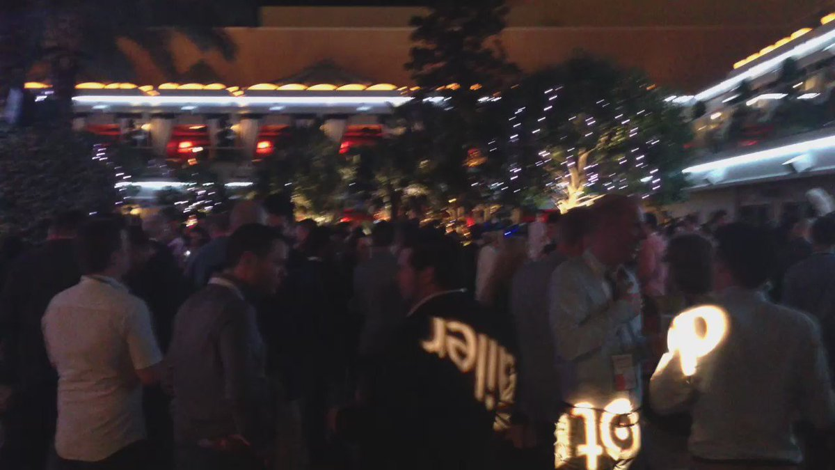 SheroDesigns: The @dotmailer party is rocking! #MagentoImagine @magento #TeamShero https://t.co/7hOvGjFEH4