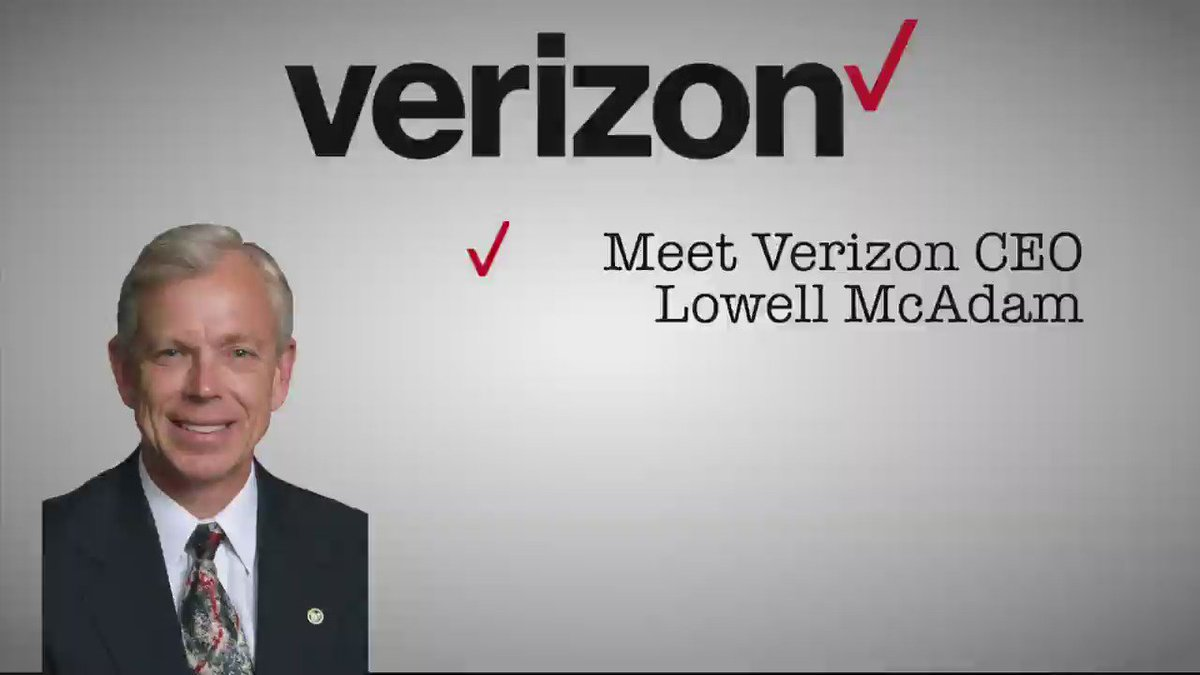 #Verizon CEO Lowell McAdam thinks his employees make too much money. So how much does he make? #StandUp2Vz https://t.co/onEYnktrfZ