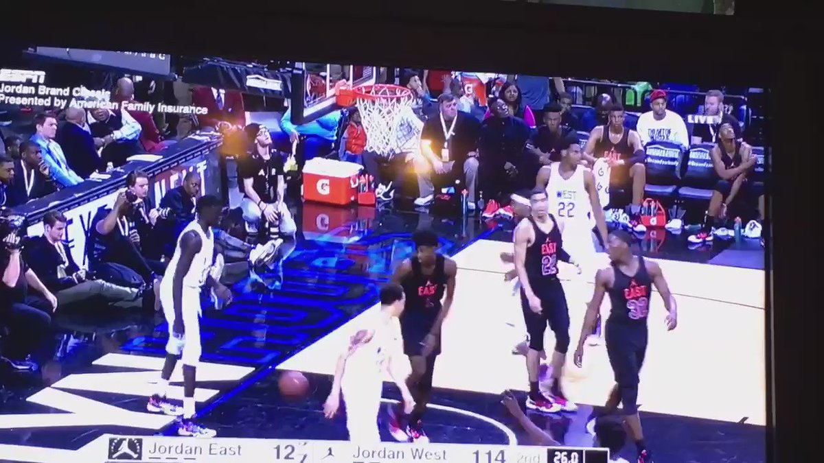 Watching the Jordan game...announcers joking about #UNLVmbb #sickening https://t.co/NoYcU9zsx4
