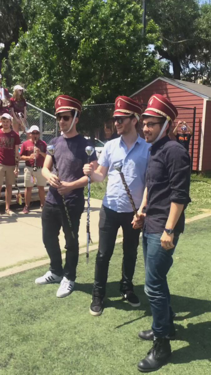 We had a blast hanging out with the guys from @thelonelyisland today as they tour promoting @PopstarMovie. #awesome https://t.co/pYOYW4R0w3