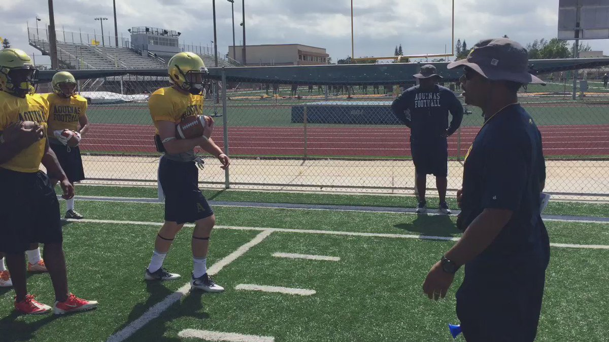 I promise, your eyes are working just fine... At St. Thomas Aquinas practice. @MVPdummy https://t.co/1jRIusoZk9