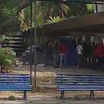Me pasan video de las personas que atacaron el puesto en la UCV presumen que son estudiantes de la Escuela Social https://t.co/Y3xvtQWfIv