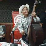 #RolemosTmbLoBueno En cabina desde Empalme para el mundo, Los Tolerados, talento artístico que destaca https://t.co/htuI8vfvbq