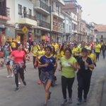 Caminata solidaria #UnaManoPorEcuador5K https://t.co/7szCVTeukw