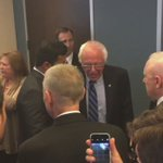 Bernie Sanders, stopping by the @APs pre-#WHCD party, mobbed by people asking for photos https://t.co/y1HVQYgyLx