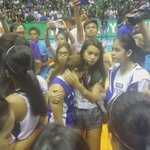 More from last night: emotional moment between current and former Lady Eagles. @abscbnsports https://t.co/jm9DcUynTP