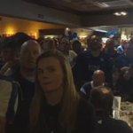 Reacción al gol de Morgan en un pub de Leicester (vía @MijlpaalMin) https://t.co/OVFTAMmlQ9