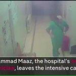 اللحظات الاخيرة لطبيب الأطفال الوحيد الذي رفض أن يترك #حلب والتخلي عن أطفالها قبل مقتله داخل المستشفى  #اغيثوا_حلب https://t.co/mv3flyqXsr