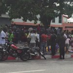 Fans already queuing at the Stadium ahead of 3:15pm kickoff. Week10 game between @HeartsOfOakGH & @AsanteKotoko_SC https://t.co/d3gpoT4YmT